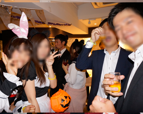 ハロウィンパーティー名古屋でみんな仲良くなってます